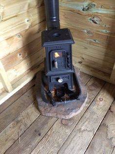 The Pipsqueak is a charming little cast iron stove that's a perfect addition to yurts, canvas wall tents, tipis, small boats, tiny houses or other small spaces. Burning wood or coal the Pipsqueak u… Small Wood Burning Stove, Small Stove, Small Wood Stoves, Mini Wood Stove, Tiny House Wood Stove, Rv Wood Stove, Canvas Wall Tent, Cast Iron Stove, Stove Fireplace