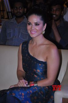 Sunny Leone - Social News XYZ Sunny Leone Photographs UNIFORM SAREE PHOTO GALLERY  | SATISHSILKMILLS.COM  #EDUCRATSWEB 2020-06-12 satishsilkmills.com https://www.satishsilkmills.com/imgsmall/medium2/Purple-Paisley-Printed-Crepe-Silk-Uniform-Saree-UV4-4011.JPG