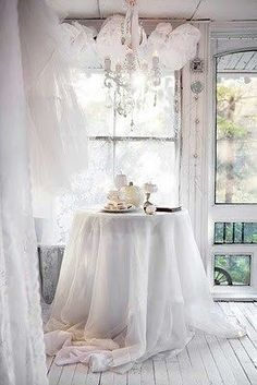 white room decor - All Things Shabby and Beautiful