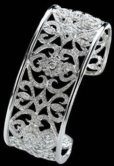 When It Comes To High Quality Jewelry Tips And Tricks, We've Cornered The Market – Modern Jewelry Real Gold Jewelry, Rose Jewelry, Gems Jewelry, Modern Jewelry, Vintage Jewelry, Gold Jewellery, Sapphire Bracelet, Diamond Bracelets, Diamond Jewelry