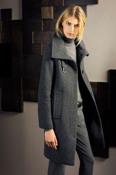 Massimo Dutti October 2013 Women Lookbook | FashionMention