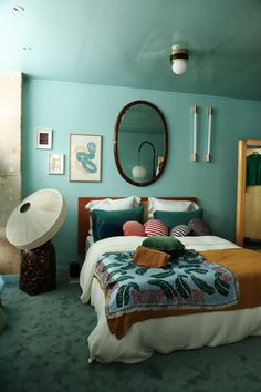 The Socialite Family | Vertbois x The Socialite Family : The Place to Get Inspired continue ! #meet #portrait #adresse #address #bedroom #chambre #mirror #miroir #bed #lit #lamp #luminaire #green #vert #vintage #art #design #home #thesocialitefamily