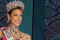 Miss Venezuela 2009 Marelisa Gibson