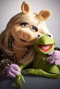 """Sesame Street"" TV Show . Miss Piggy and Kermit the Frog, creations of Jim Henson Jim Henson, Kermit And Miss Piggy, Kermit The Frog, Kermit Face, Childhood Friends, Childhood Memories, Saturday Night Live, Die Muppets, Piggy Muppets"