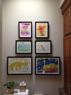 How to frame kids artwork and change it easily Displaying Kids Artwork, Artwork Display, Framed Artwork, Gallary Wall, Childrens Artwork, Picture Layouts, Room Decor, Wall Decor, Gremlins