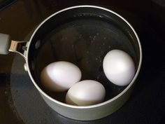 Pasteurizing eggs in hot water