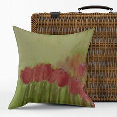 Housse de coussin fleurs tulipes velours 12x24 ou 18x18 Art Floral, Laundry Basket, Wicker, Etsy, Throw Pillows, Decor, Impressionist Art, Impressionism, Green