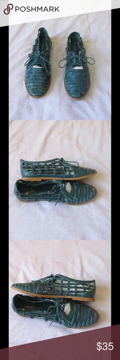 Divine Teal Coconuts Oxford Shoes W/ Shoelaces These pair of shoes are really cute. Gorgeous color and exquisite decoration. Soft and comfy material. Size 8.5 - Almost New. Save $$$ on bundles. Shoes