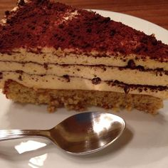 Dronning Mauds kake Pudding Desserts, Tiramisu, Sweets, Norway, Ethnic Recipes, Cakes, Food, Sweet Pastries, Food Cakes