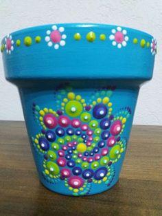 Pointillism - Deco How to Crafts Flower Pot Art, Flower Pot Design, Clay Flower Pots, Flower Pot Crafts, Clay Pots, Clay Pot Projects, Clay Pot Crafts, Painted Plant Pots, Painted Flower Pots