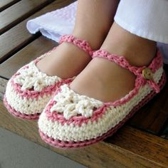 Craftjuice strap slippers