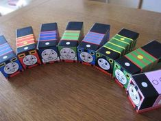 Cute Crafts, Diy And Crafts, Paper Crafts, Red Light Green Light, Thomas Birthday Parties, Thomas The Train, Thomas And Friends, Montessori Toys, Handmade Toys