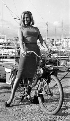 Honor Blackman, from Goldfinger and The Avengers.