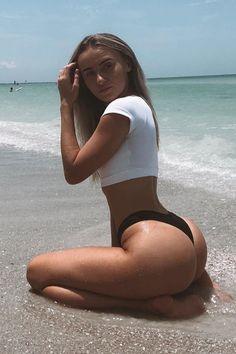 44 Hot And Sexy Summer Girls - Barnorama Corpo Sexy, Bikini Sexy, Bikini Workout, Beach Girls, Sexy Curves, Sexy Body, Sexy Women, Beautiful, Fit Women
