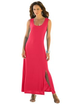Have an alluring moment in this gorgeous sweeping plus size maxi dress with a side slit. #Pantone #Cayenne