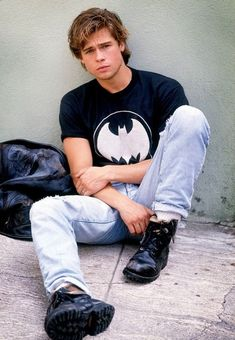Old school Brad Pitt. Is the best Brad Pitt. Photo Glamour, Glamour Shots, Junger Brad Pitt, Bradd Pitt, Gorgeous Men, Beautiful People, Xavier Samuel, Batman Shirt, Actrices Hollywood