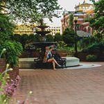 Kurze Pause im Garten des größten Museumskomplexes der Welt - The Smithsonian Institute Museum, Pause, Outdoor Decor, Instagram, Home Decor, World, Lawn And Garden, Interior Design, Home Interior Design
