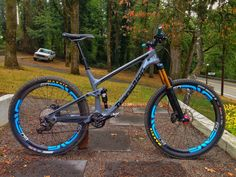 Sexiest AM/enduro bike thread. Don't post your bike. Rules on first page. - Page 4013 - Pinkbike Forum Downhill Bike, Mtb Bike, Bmx, Cycling Art, Cycling Bikes, Cycling Quotes, Cycling Jerseys, Motocross, Montain Bike