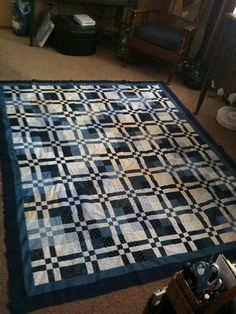 Disappearing four patch quilt.