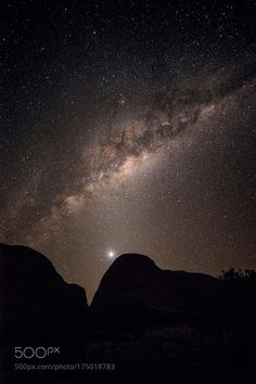 Kata Tjuta Milkyway  http://hdrphoto.co.uk http://ift.tt/2cRXyXB  Camera: NIKON D800 Lens: 14.0 mm f/2.8  Follow on Instagram: http://ift.tt/2drRvK7 Website: http://ift.tt/1qPHad3 and read how to see the Milky Way. Image credit: http://ift.tt/2cOCBiI  #MilkyWay #Galaxy #Stars #Nightscape #Astrophotography #Astronomy