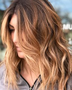 Long Wavy Ash-Brown Balayage - 20 Light Brown Hair Color Ideas for Your New Look - The Trending Hairstyle Hair Lights, Light Hair, Copper Brown Hair, Golden Brown Hair, Golden Copper Hair, Brown Hair With Blonde Highlights, Hair Highlights, Warm Blonde, Non Blondes