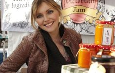 Sophie Dahl: fashion world forces models into child-sized clothes - Telegraph