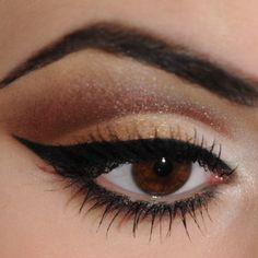 All About This Color: Sweet, dark, and oh-so yummy. I wouldn't put this on your oatmeal, but it looks amazing on your eyes- the shimmery brown color will m