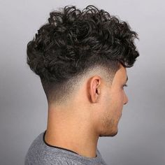20 Best Drop Fade Haircut Ideas for Men. Drop fade haircut is one of the most interesting bald fade variations. Haircuts For Curly Hair, Curly Hair Cuts, Permed Hairstyles, Curly Hair Styles, 2014 Hairstyles, Men's Haircuts, Wedding Hairstyles, Curly Taper Fade, Taper Fade Curly Hair