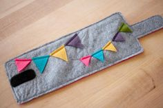 coffee cozy (how much do I love bunting?!)