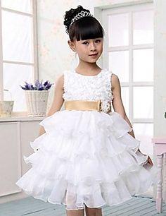 A-line/Ball Gown/Princess Knee-length Flower Girl Dress - Tulle Sleeveless