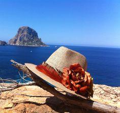 sombrero indi by Marta Bonaque