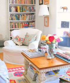 Rengarenk salon, mutfak ve yemek odası için küçük tüyolar