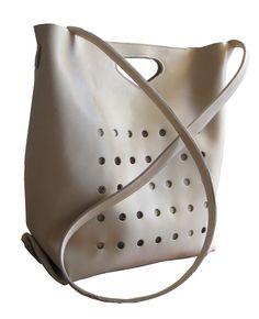 Chris Van Veghel  (handmade bags)   one piece of leather... two seams