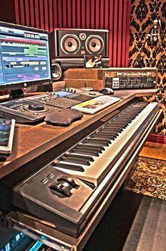 FINALLY building my new studio desk! - Page 2 - Gearslutz.com