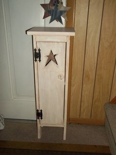 Primitive Rustic Made To Order Wooden Toilet Paper Holder Star Cut Out Bathroom Tissue Holder Linen Storage