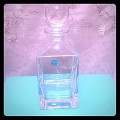 Tiffany & Co. Glass Decanter - Authentic Glass Tiffany Decanter, purchased from Tiffany 2005. Was a gift . Just opened to take pictures. Never used. Has the blue Tiffany sticker. Original paper and Tiffany Box. Very Nice. No bundle. Tiffany & Co. Other