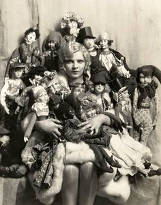 Fridge Magnet Creepy Doll Mania, woman with too many dolls, vintage photo image Old Dolls, Antique Dolls, Creepy Vintage, Vintage Art, Creepy Dolls, Little Doll, Female Poses, Weird And Wonderful, Photos Du