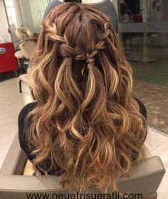 15.Geflochtene Lange Frisur