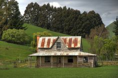 Old house, Brightwater, Tasman, Nelson, New Zealand by brian nz, via Flickr