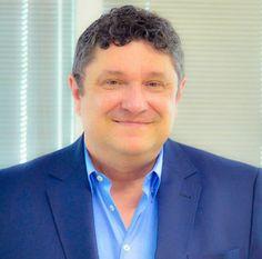 Executivo está na área de Tecnologia & Operações há mais de 30 anos Com mais de 30 anos de experiência na área de Tecnologia & Operações e ampla vivência em gestão de equipes em grandes