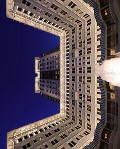 香港 半島酒店  #HongKong #ThePeninsula Hong Kong, Louvre, Tower, City, Building, Instagram Posts, Travel, Rook, Viajes