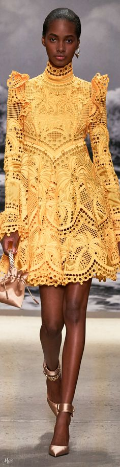 The complete Zimmermann Spring 2020 Ready-to-Wear fashion show now on Vogue Runway. Fashion 2020, Runway Fashion, High Fashion, Fashion Beauty, Fashion Show, Fashion Outfits, Fashion Design, Yellow Fashion, Colorful Fashion