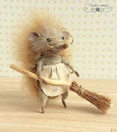 Felted hedgehog, cute hedgehog, waldorf doll, fairytale figurine, needle felt, stuffed toy, felt ornement, tender mouse by TenderMouse on Etsy https://www.etsy.com/listing/466843154/felted-hedgehog-cute-hedgehog-waldorf