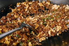 To your beaten eggs, add 1 teaspoon Shaoxing wine and a pinch of salt. Recipes With Soy Sauce, Rice Recipes, Asian Recipes, Cooking Recipes, Savoury Rice Recipe, Savory Rice, Spicy Noodles Recipe, Soy Sauce Eggs, Fries In The Oven