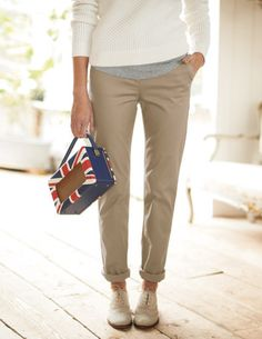 Ive spotted this @BodenClothing Spring Chino Eucalyptus
