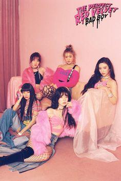 """'Red Velvet' Style As Summer 2018 Streetwear Vixens For """"Bad Boy"""" & """"Perfect Red Velvet"""" Album Photoshoot"""