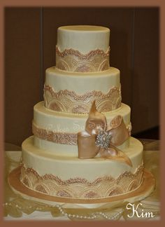 Champagne and Ivory, 4 tiered, round cake by Denise Talbot!