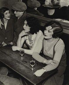 lapetitecole:  Quarter Italie, 1932, by Brassai via www.artslant.com