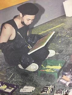 BIGBANG10 THE EXHIBITION - 'A TO Z' WORK BOOK [cr EX-INHALE]
