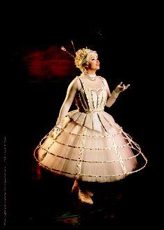 Beautiful costume for the White Singer in Cirque du Soleil's Alegria.